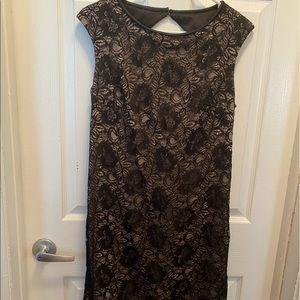 🆕 Black & Nude Lace Cap Sleeve Formal Dress